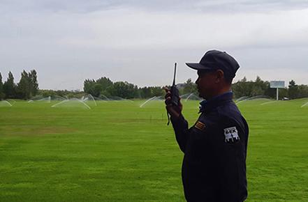 Охрана гольф клуба в период оросшения